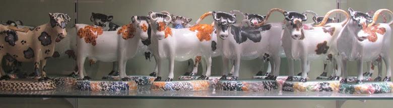 cow shaped cream jugs